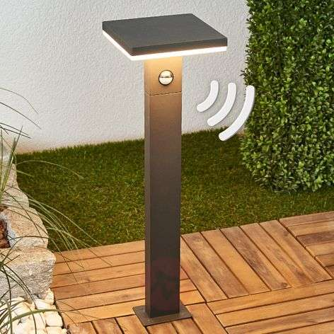 Sensor bollard light Olesia, LED-powered