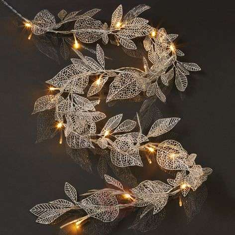 Silver-coloured leaves - LED garland