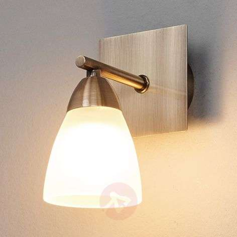 Single-light bathroom wall light Nikla