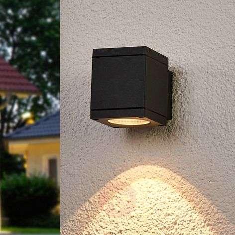 Single-light LED wall light Nuria for outdoors
