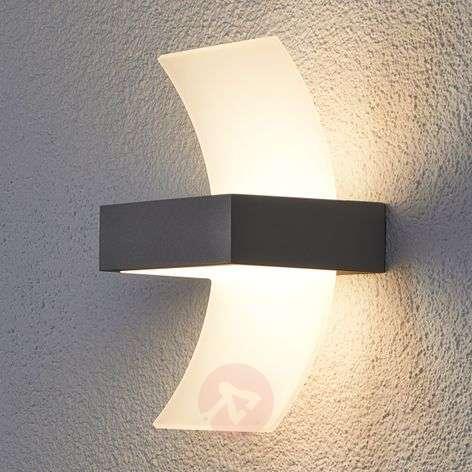 Skadi, Curved LED Exterior Wall Lamp