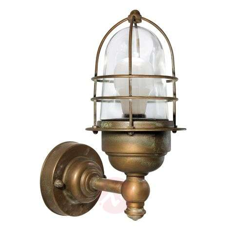 Small seawater-resistant outdoor wall light Matteo
