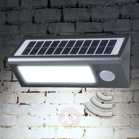 Solar outdoor wall light Okkea with motion sensor