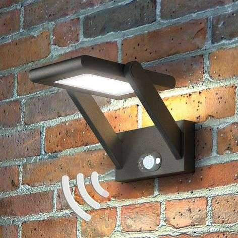 Solar-powered LED outdoor wall light Valerian