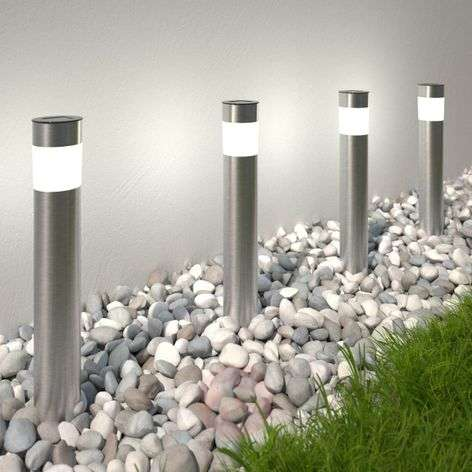 Solar-powered LED pillar light Reija in a set of 4