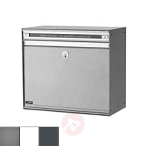 Spacious letterbox SC200 with aluminium slot