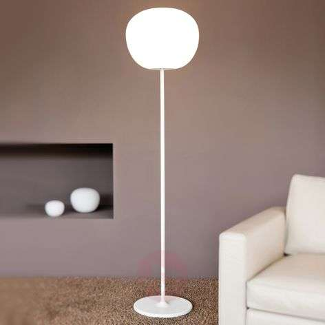 Striking MOCHI floor lamp 38 cm
