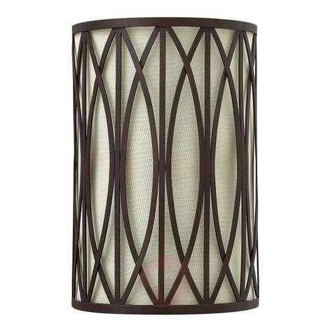 Timelessly elegant wall light Walden