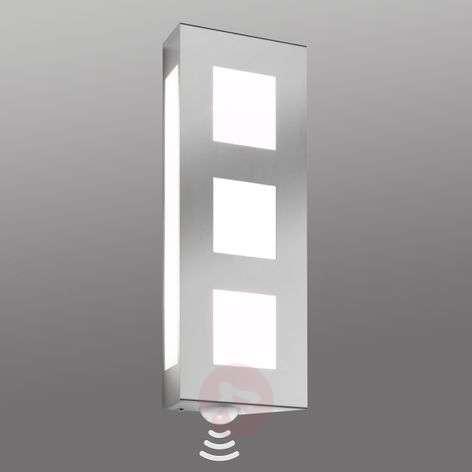 Trilo Attractive Exterior Wall Lamp incl Sensor