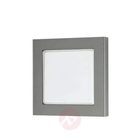 Wall light 424 for outdoor areas