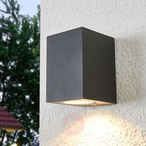 Xava outdoor wall lamp, downward-shining light