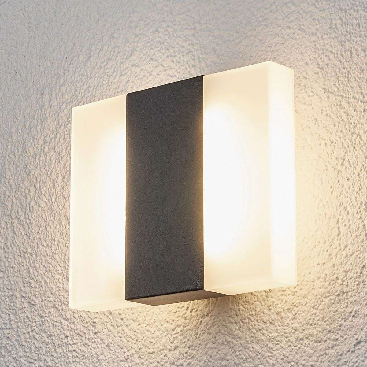 Brje led outdoor wall light in a square shape lights aloadofball Image collections